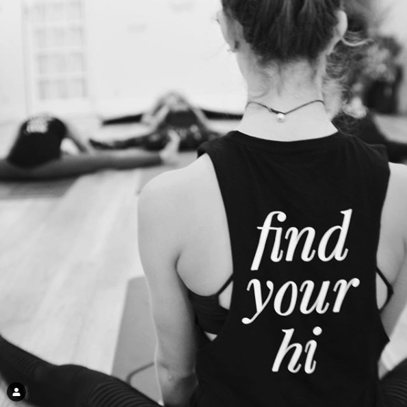 hi yoga tank top back